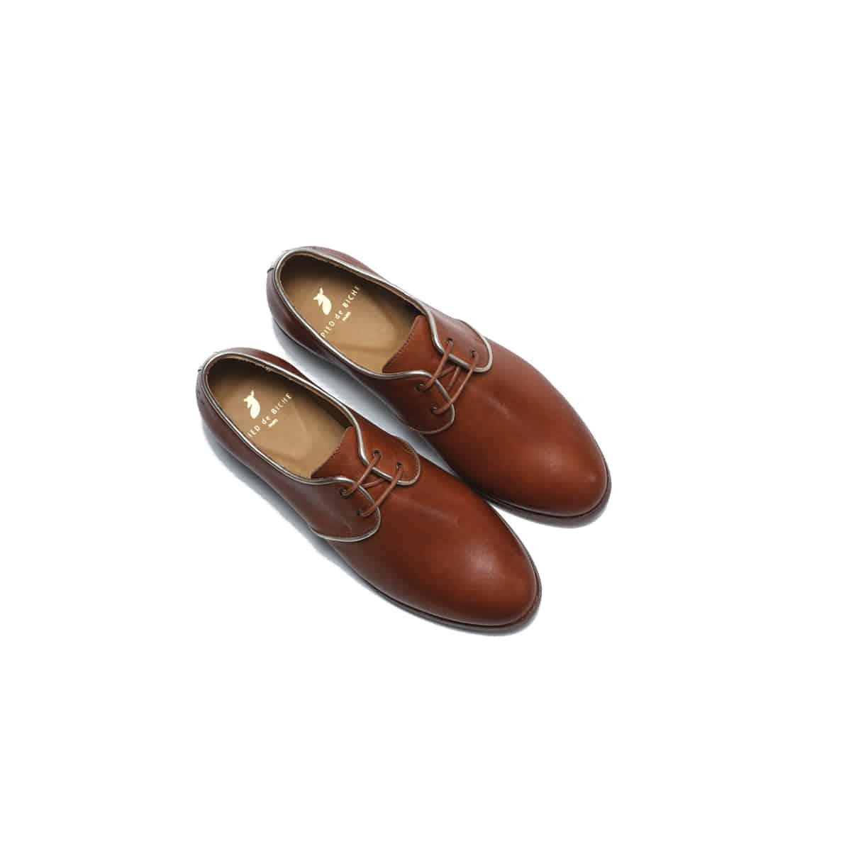 chaussures derbies femme pied de biche mode cuir gold cognac