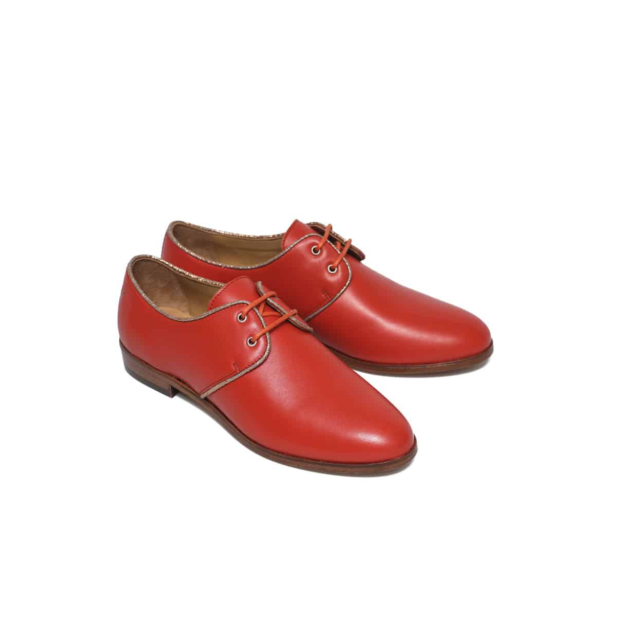 chaussures femme cuir pied de biche derbies