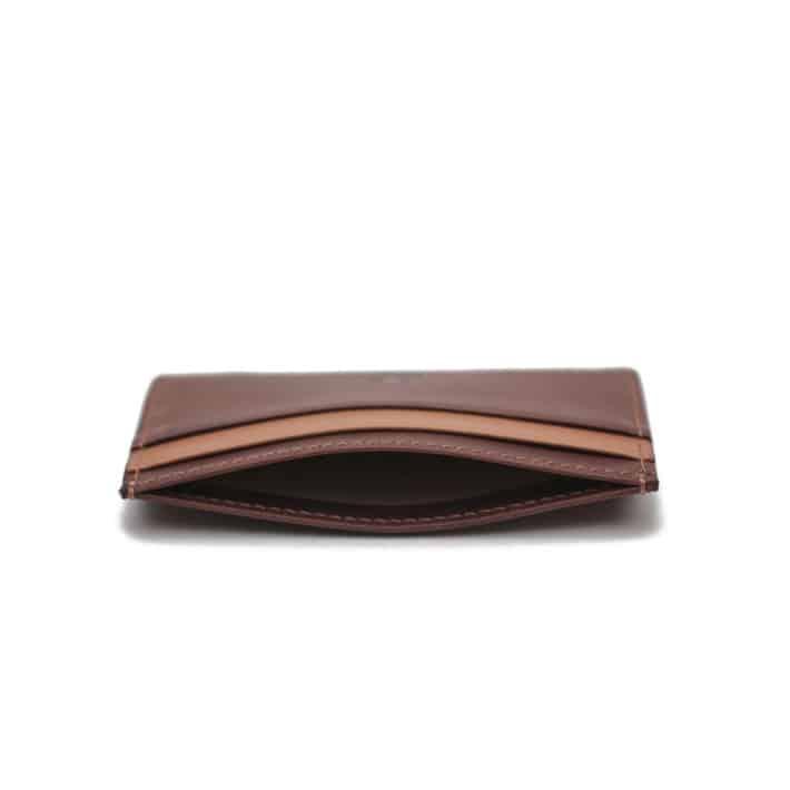 porte cartes homme cuir pied de biche accessoire fait main paris grain de café crème