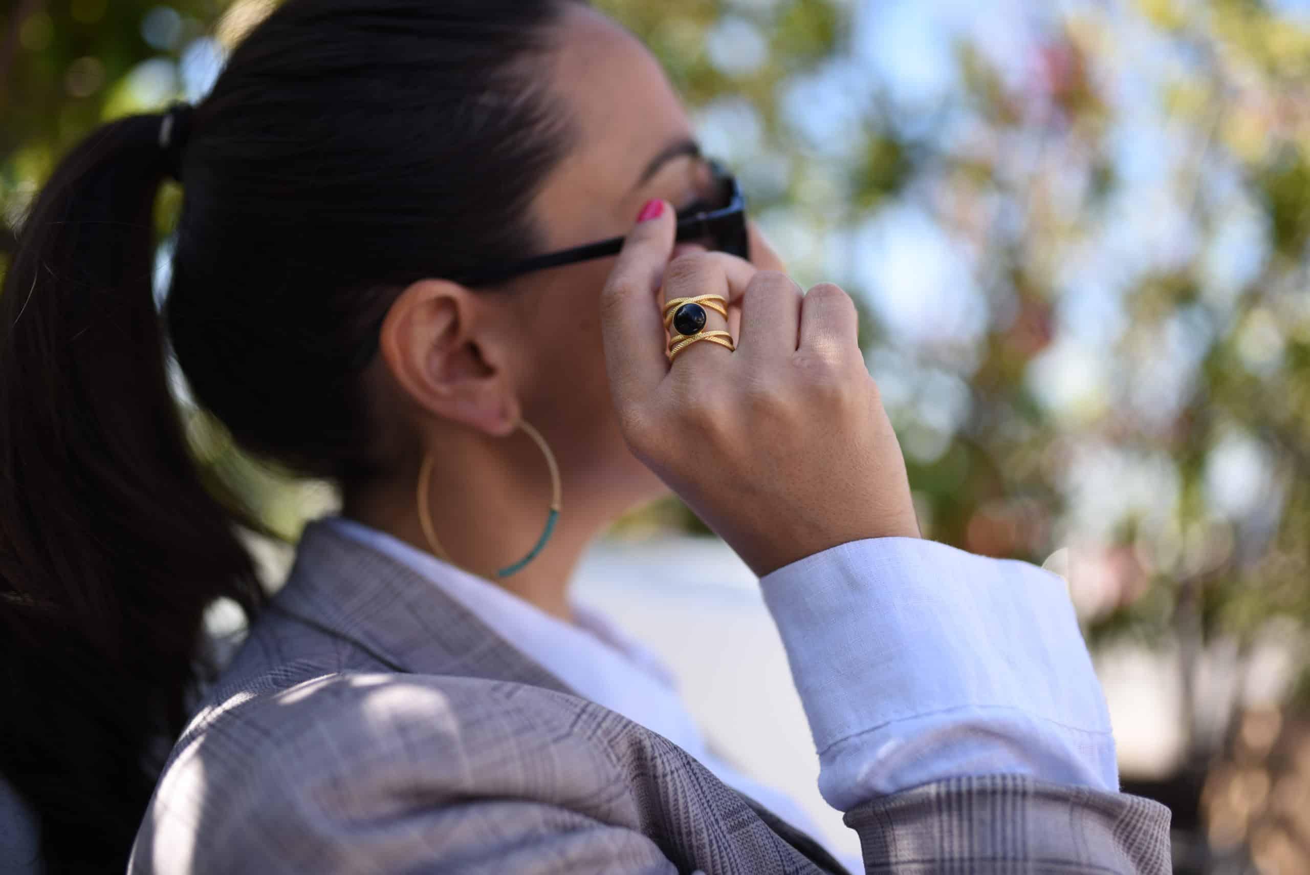 bague iris collection constance pierre semi précieuse fait à la main paris bijou femme onyx cornaline agate