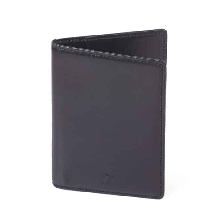 porte passeport pied de biche cuir noir