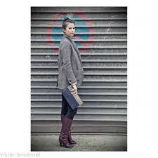 lena pochette plate coralie de seynes bleu taupe accessoire mode cuir femme
