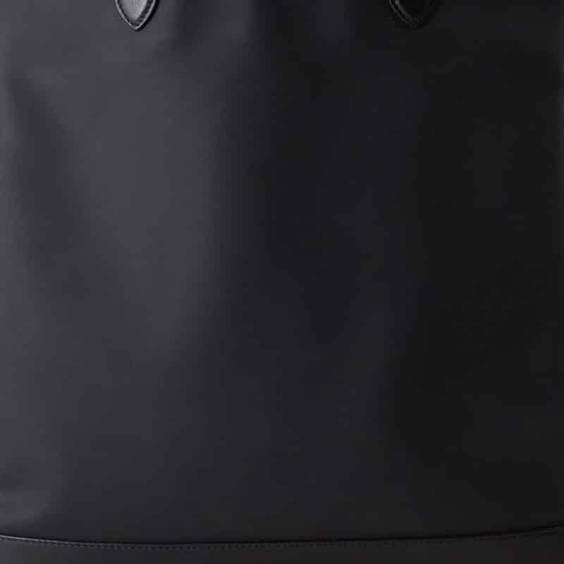 sac pochette neoprene handmade Paris accessoire mode homme femme blackhats paris