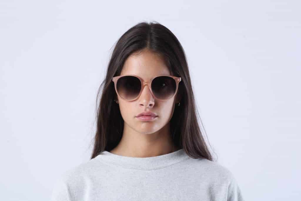 gafas de sol mujer moda complementos hecho a mano madera acetato rosa rezin mila